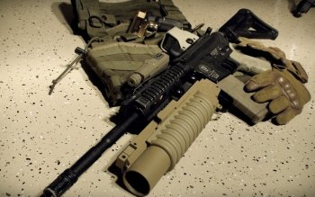 Weapons - Assault Rifle Wallpapers and Backgrounds ID : 115192