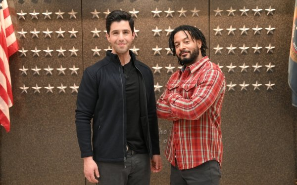 TV Show Turner & Hooch Josh Peck Brandon Jay McLaren HD Wallpaper | Background Image