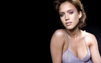 Celebrity - Jessica Alba Wallpapers and Backgrounds ID : 124252
