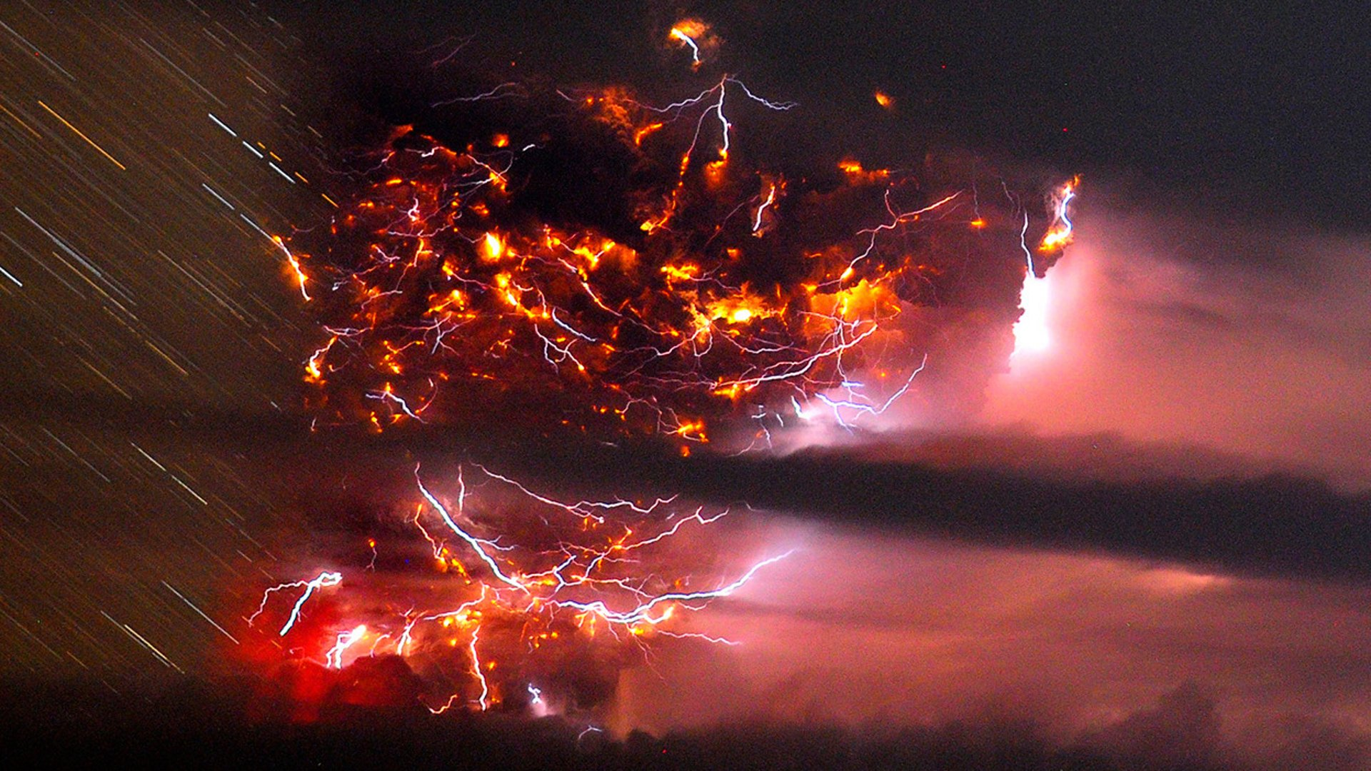 Photography - Lightning  Volcano Puyehue Wallpaper