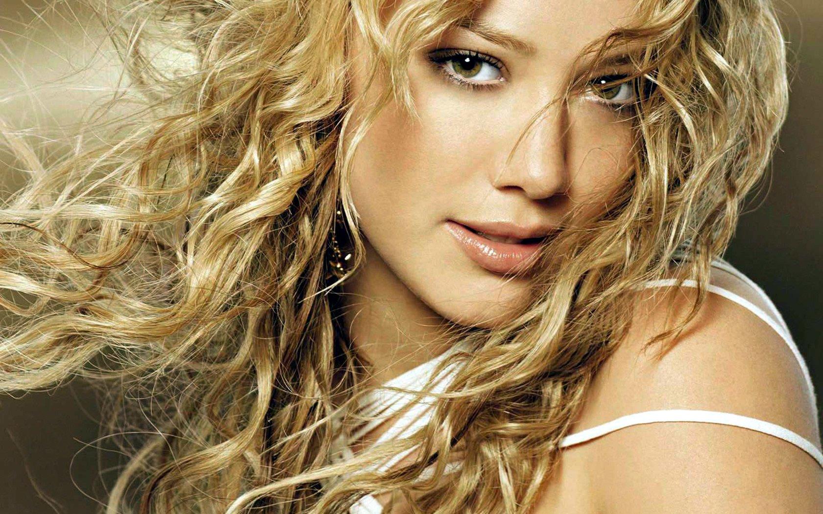 Celebrity - Hilary Duff  Wallpaper