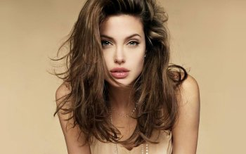Celebrita' - Angelina Jolie Wallpapers and Backgrounds ID : 148910