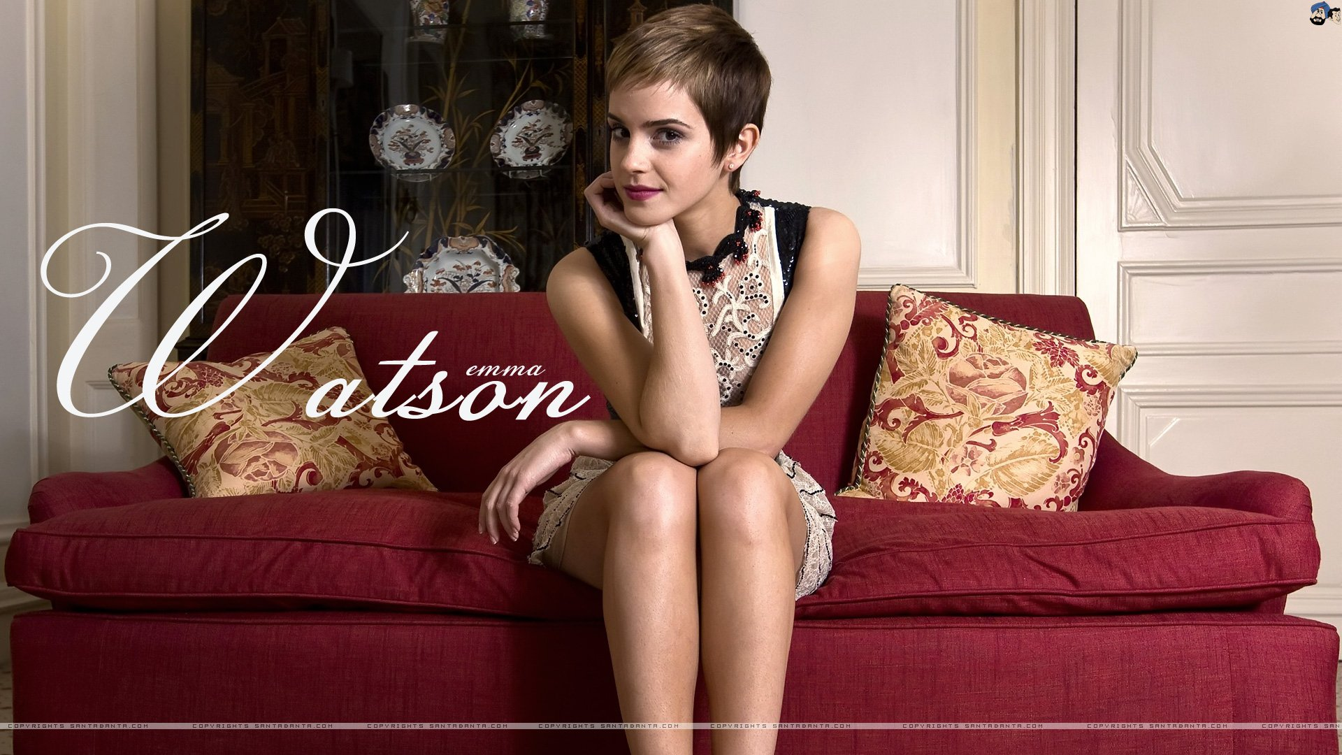 Celebrity - Emma Watson  Wallpaper