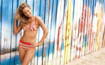 Women - Bikini Wallpapers and Backgrounds ID : 152700