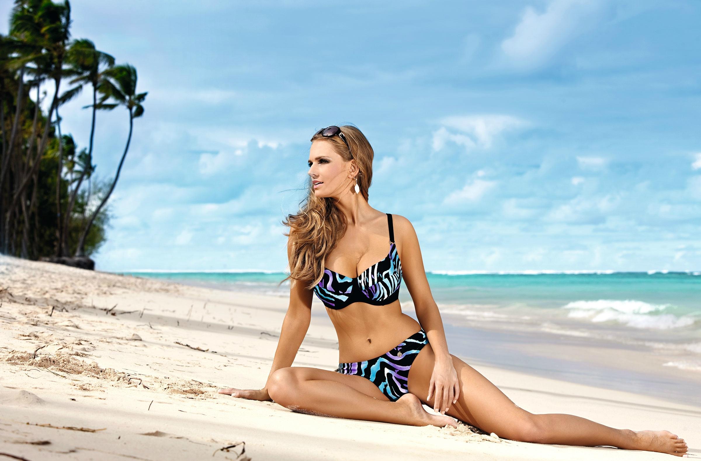Bikini in wallpaper woman