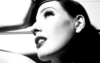 Beroemdheden - Dita Von Teese Wallpapers and Backgrounds ID : 154512