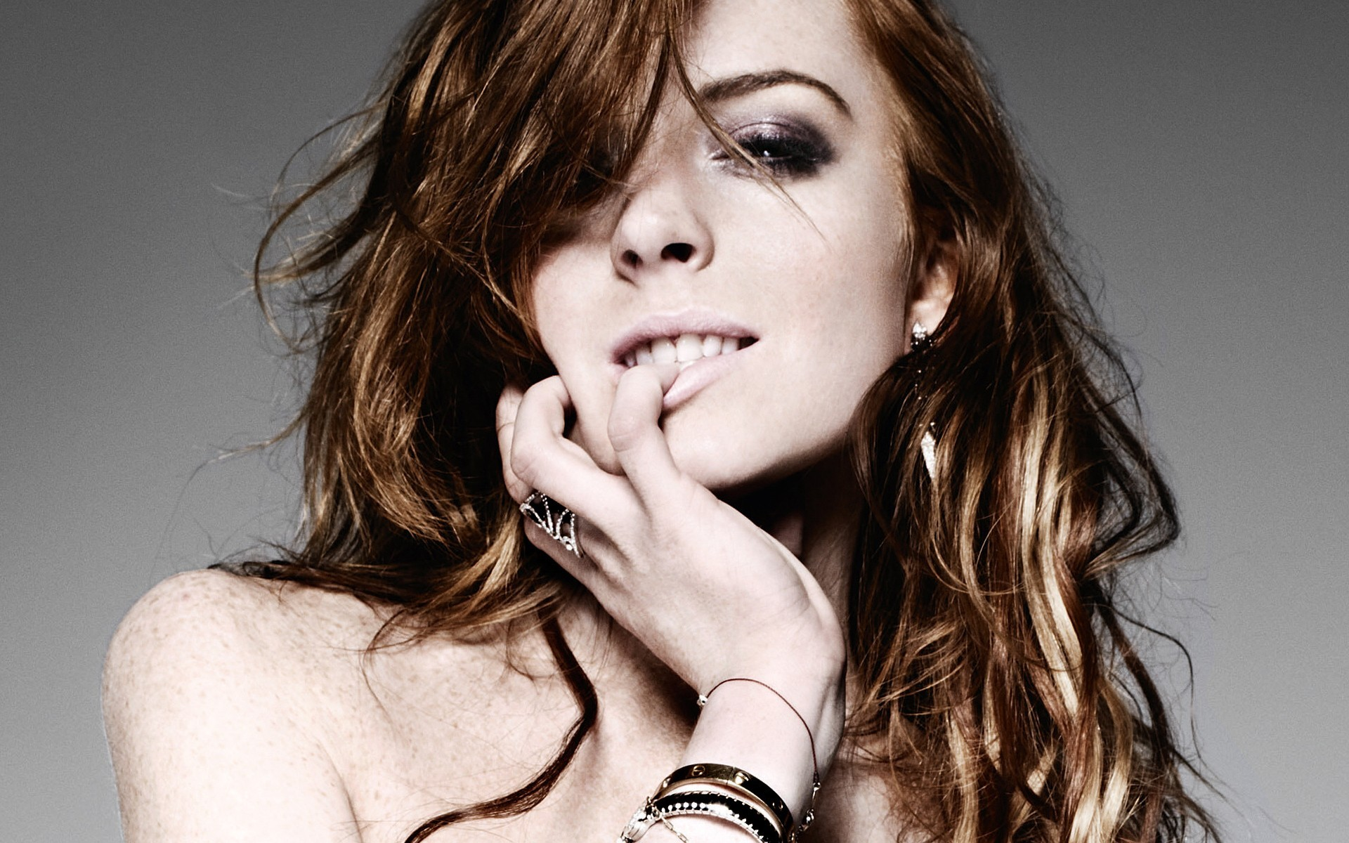 Celebrity - Lindsay Lohan  Wallpaper