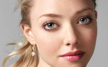 Celebrity - Amanda Seyfried Wallpapers and Backgrounds ID : 162620