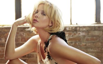 Celebrity - Charlize Theron Wallpapers and Backgrounds ID : 163090