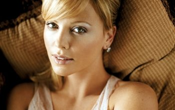 Celebrity - Charlize Theron Wallpapers and Backgrounds ID : 163160