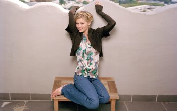 Celebrity - Kirsten Dunst Wallpapers and Backgrounds ID : 167062