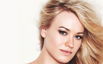 Celebrity - Yvonne Strahovski Wallpapers and Backgrounds ID : 169482