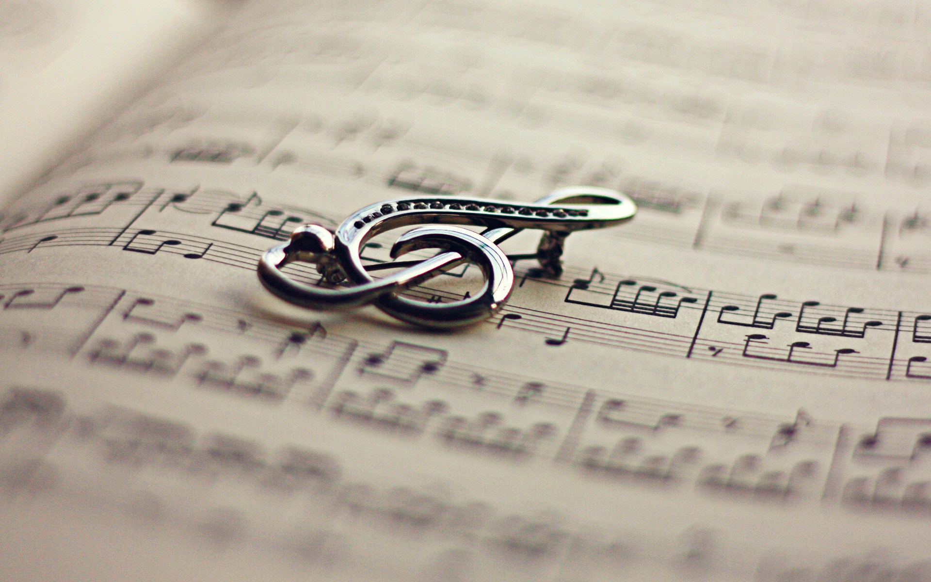 Music - Artistic  Wallpaper