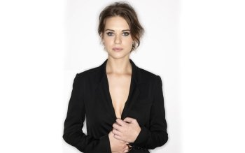 Vrouwen - Lyndsy Fonseca Wallpapers and Backgrounds ID : 189360