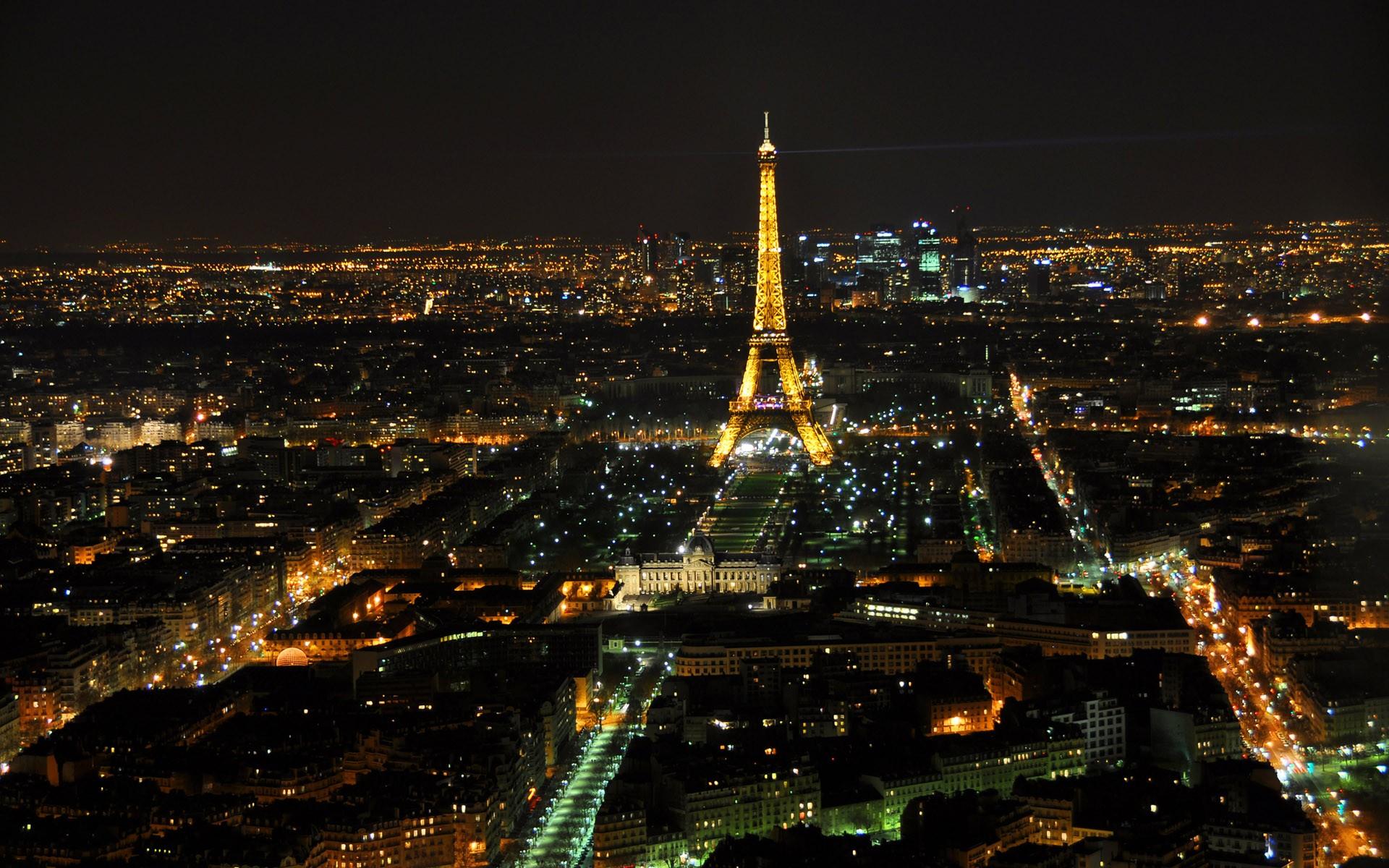 Eiffel Tower Hd Wallpaper Background Image 1920x1200 Id 192980