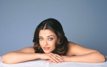 Celebrity - Aishwarya Rai Wallpapers and Backgrounds ID : 193192