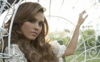 Celebrity - Jessica Alba Wallpapers and Backgrounds ID : 200350