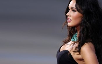 Celebrity - Megan Fox Wallpapers and Backgrounds ID : 200920