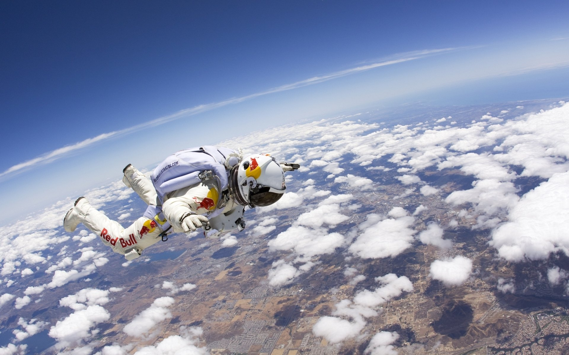 Sports - Skydiving  Red Bull Cloud Felix Baumgartner Wallpaper