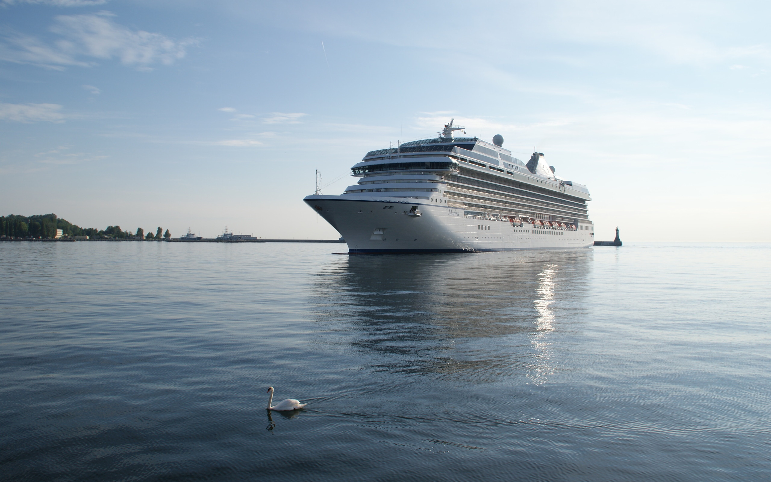 cruise ship wallpaper background - photo #16