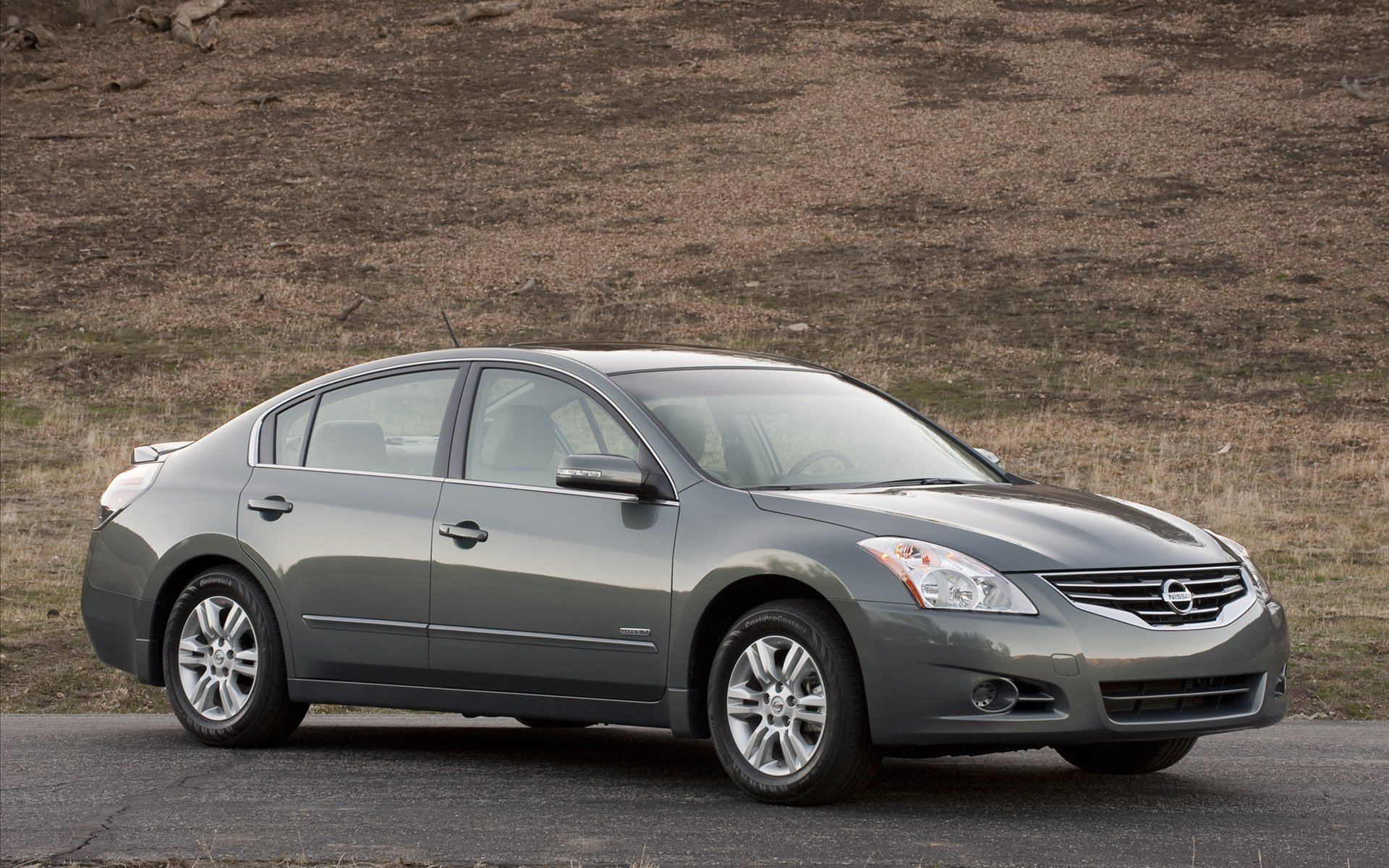 Vehicles - Nissan  Nissan Altima Wallpaper