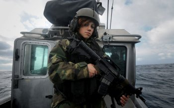 Militar - Mujeres Wallpapers and Backgrounds ID : 208982