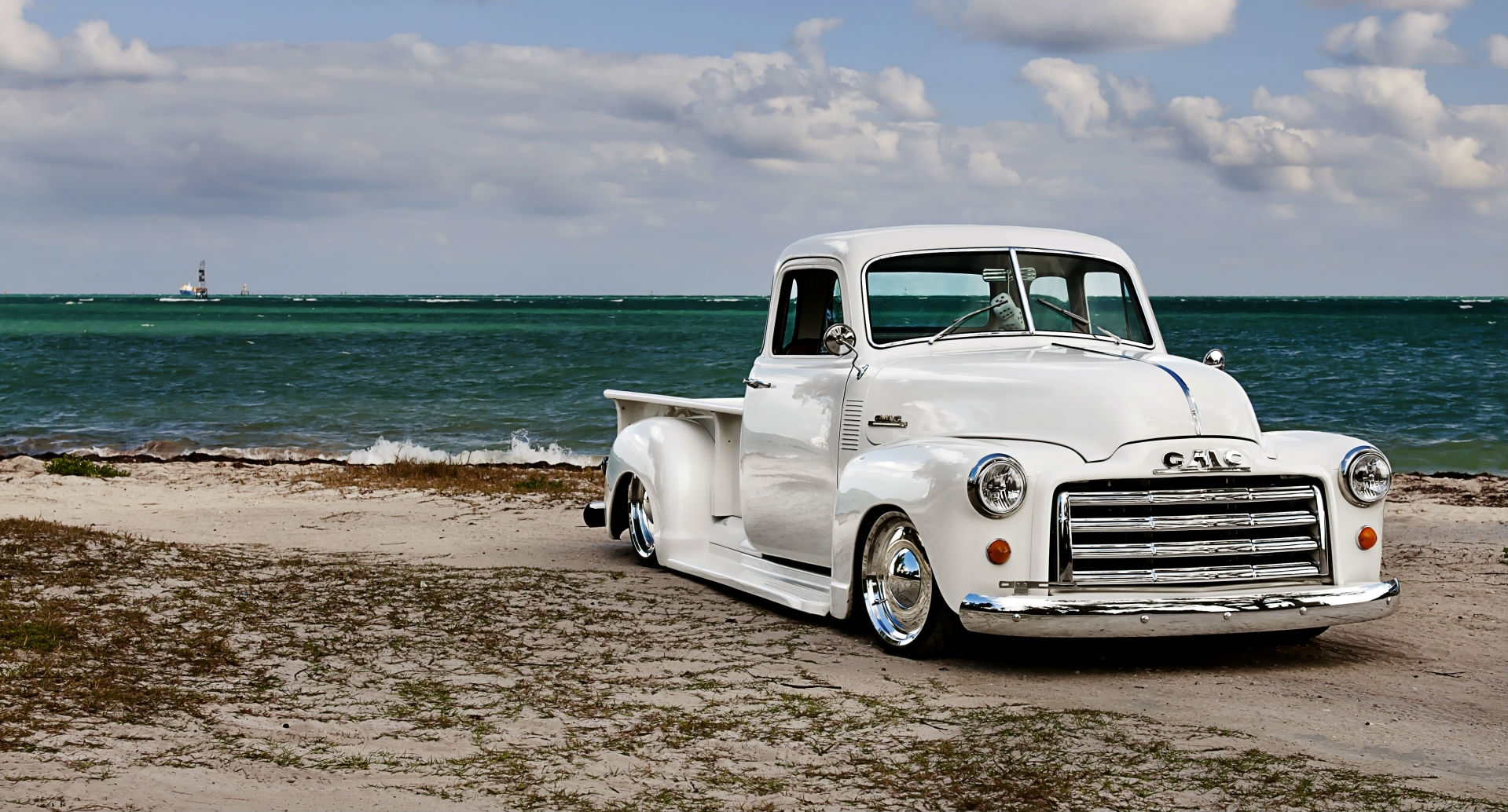 Vehicles lowrider wallpaper download next wallpaper prev wallpaper 1949 5 window gmc pick up