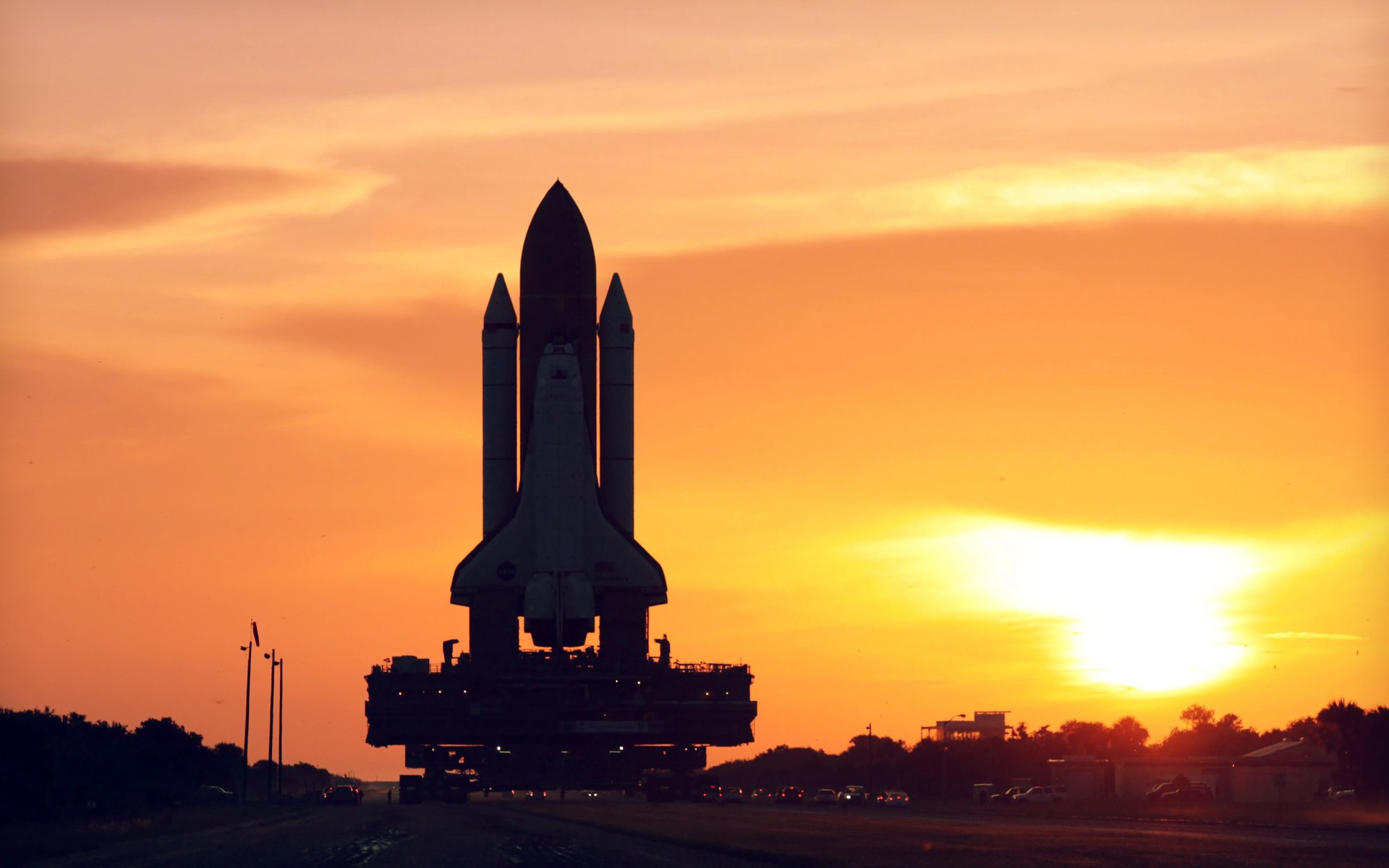 Space shuttle discovery hd wallpaper background image - Nasa space shuttle wallpaper ...