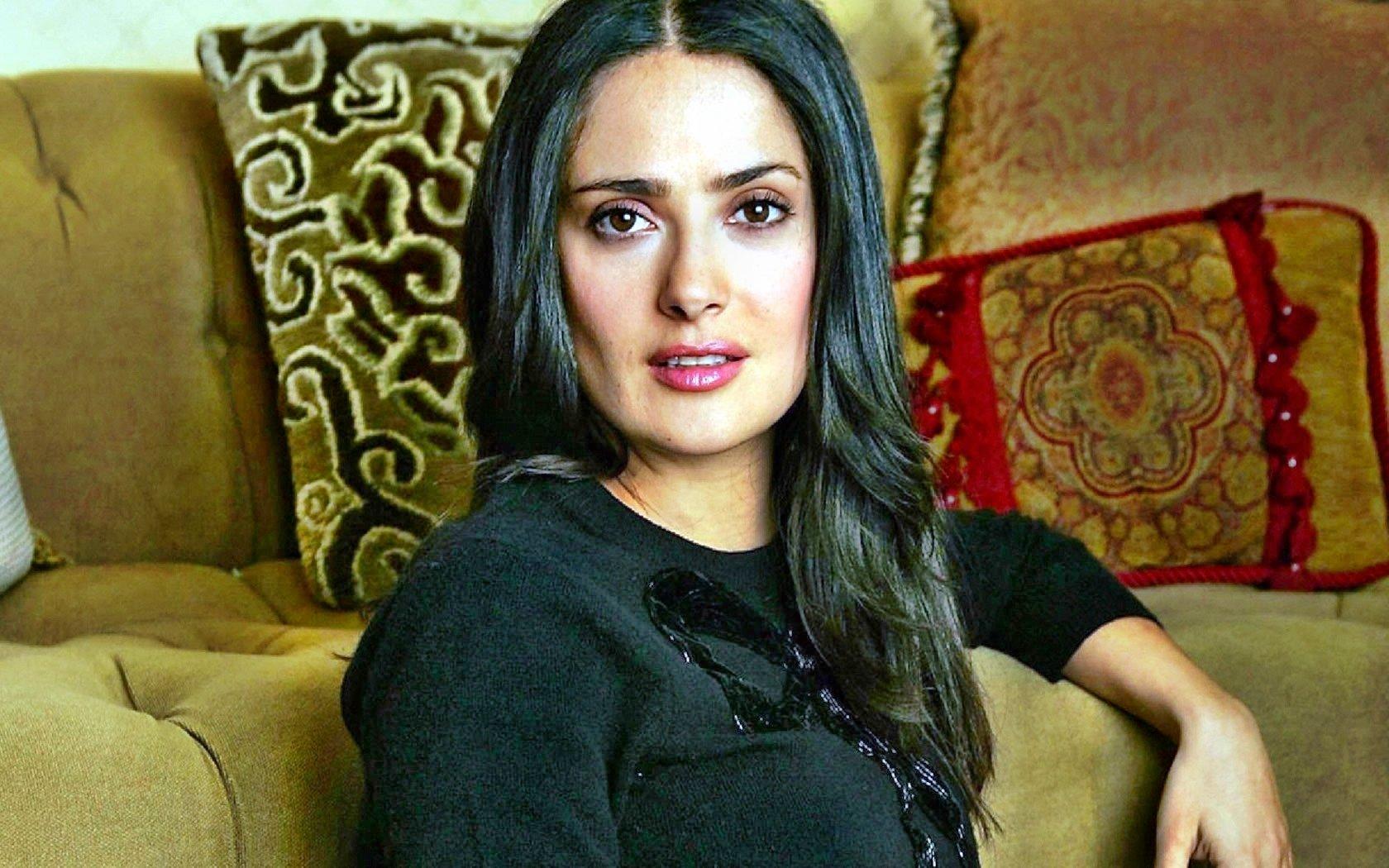 Salma Hayek Black and White Wallpaper Customity