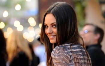 Celebrity - Mila Kunis Wallpapers and Backgrounds ID : 247480