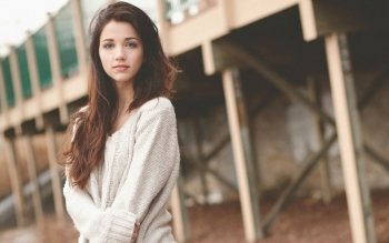 17 Emily Rudd HD Wallpapers Backgrounds Wallpaper Abyss