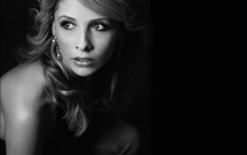 Berühmte Personen - Sarah Michelle Gellar Wallpapers and Backgrounds ID : 33830
