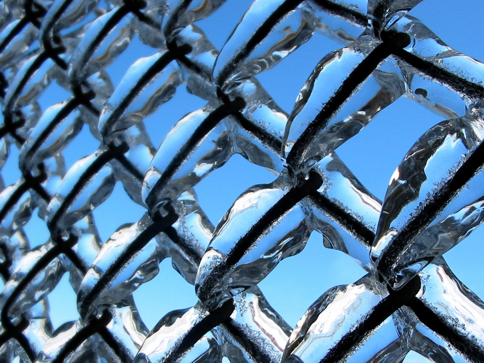 Man Made - Fence  Ice Wallpaper