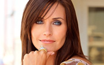 Berühmte Personen - Courteney Cox Wallpapers and Backgrounds ID : 433614