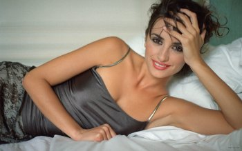 Berühmte Personen - Penelope Cruz Wallpapers and Backgrounds ID : 451942