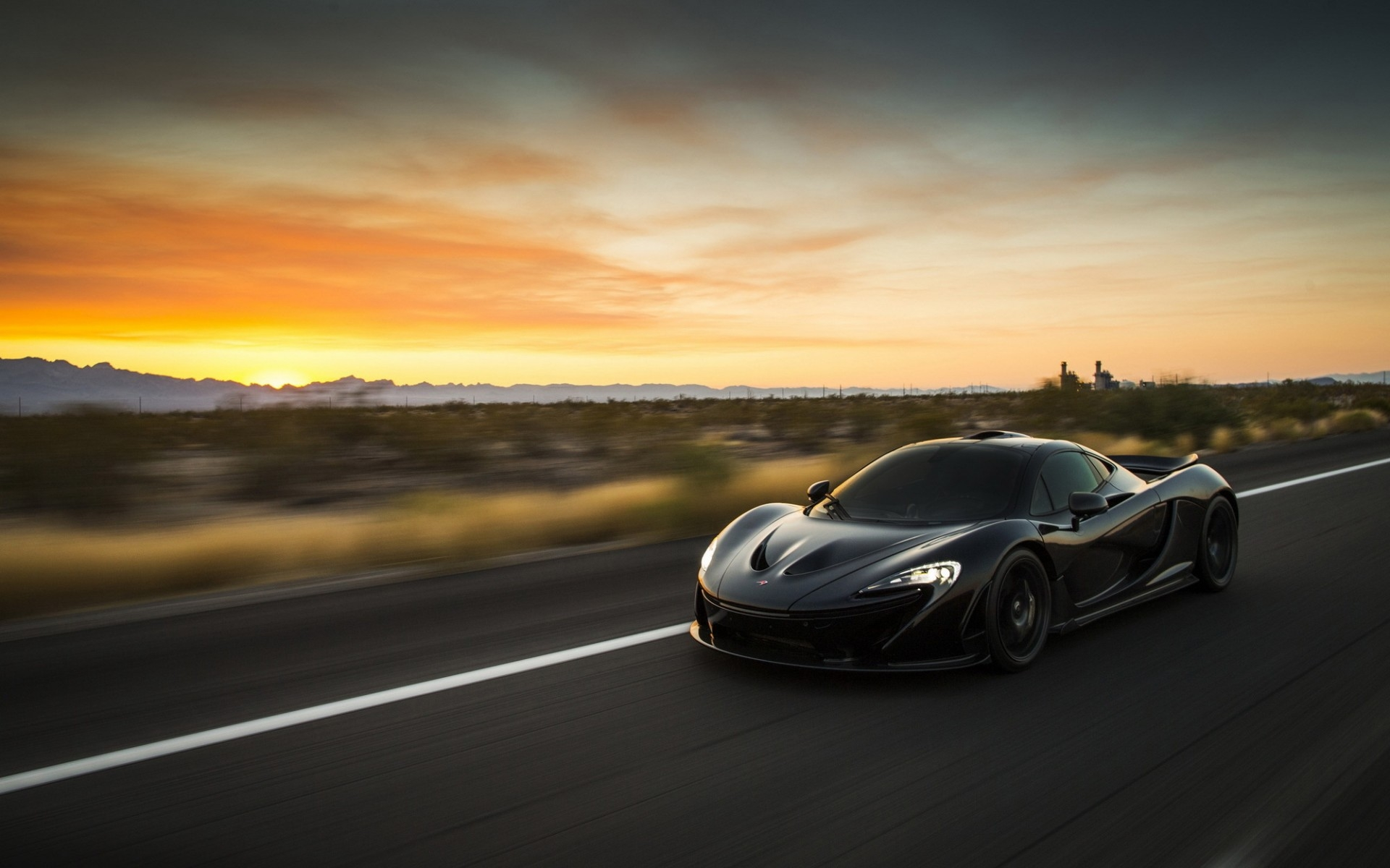 Mclaren P1 Desktop Wallpaper
