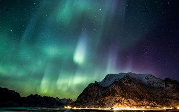 Earth - Aurora Borealis Wallpapers and Backgrounds ID : 466758