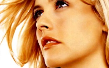 Celebrity - Alicia Silverstone Wallpapers and Backgrounds ID : 474828