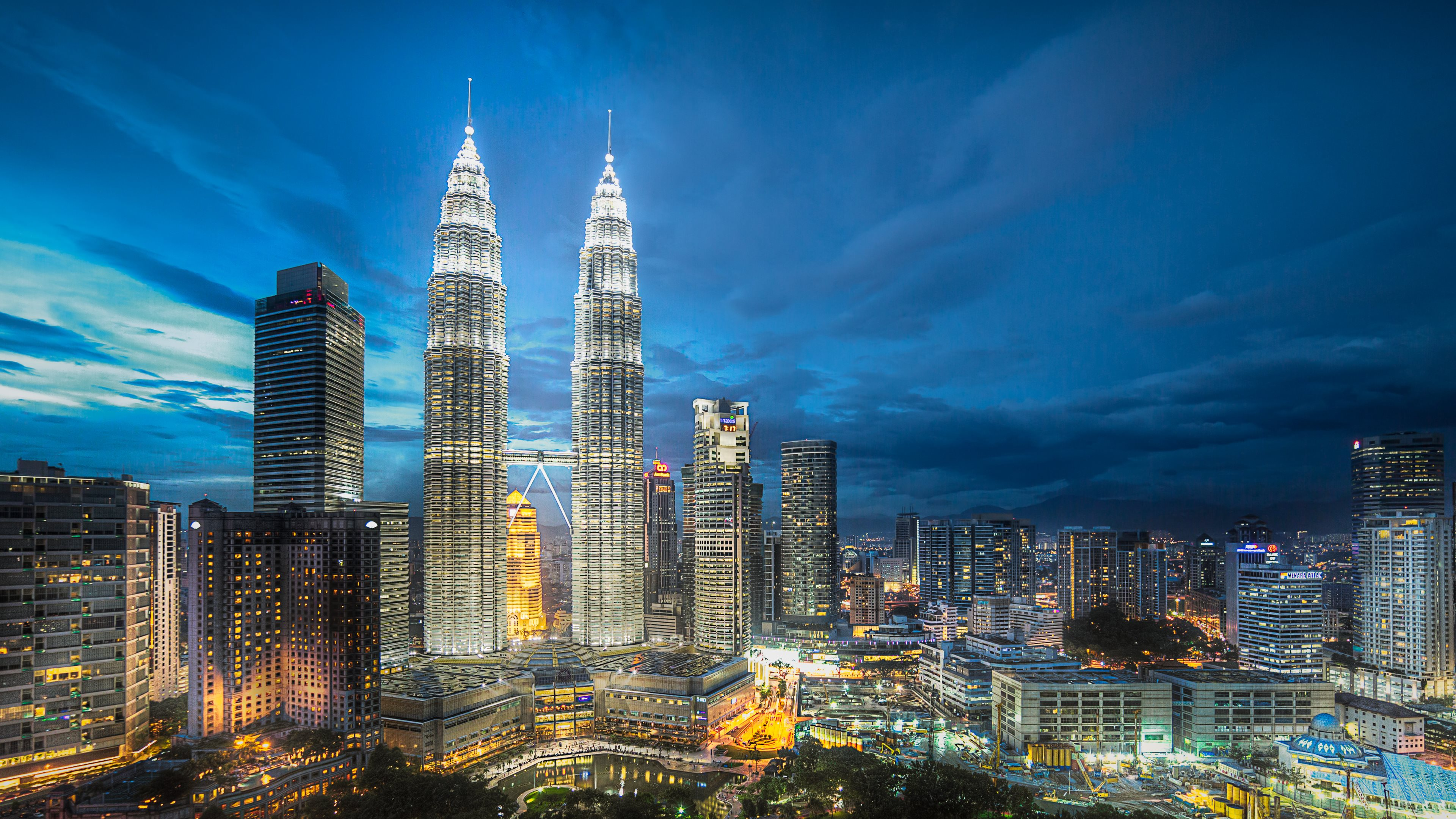 8 petronas towers hd wallpapers backgrounds wallpaper