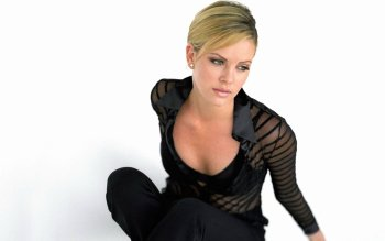Celebrity - Charlize Theron Wallpapers and Backgrounds ID : 477553