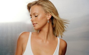 Celebrity - Charlize Theron Wallpapers and Backgrounds ID : 477555