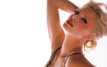 Celebrity - Charlize Theron Wallpapers and Backgrounds ID : 477567