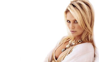 Celebrity - Charlize Theron Wallpapers and Backgrounds ID : 477569