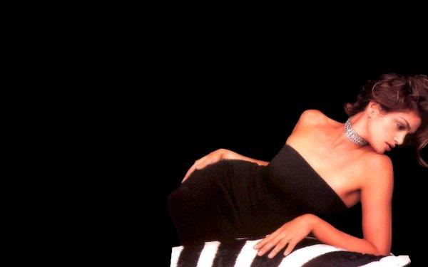 Celebrity Cindy Crawford Models United States HD Wallpaper   Background Image
