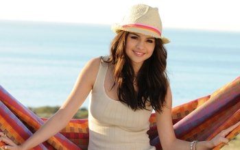 Music - Selena Gomez Wallpapers and Backgrounds ID : 480715