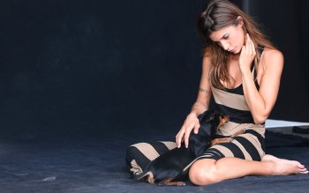 10 elisabetta canalis hd wallpapers background images hd wallpaper background image id487934 voltagebd Gallery