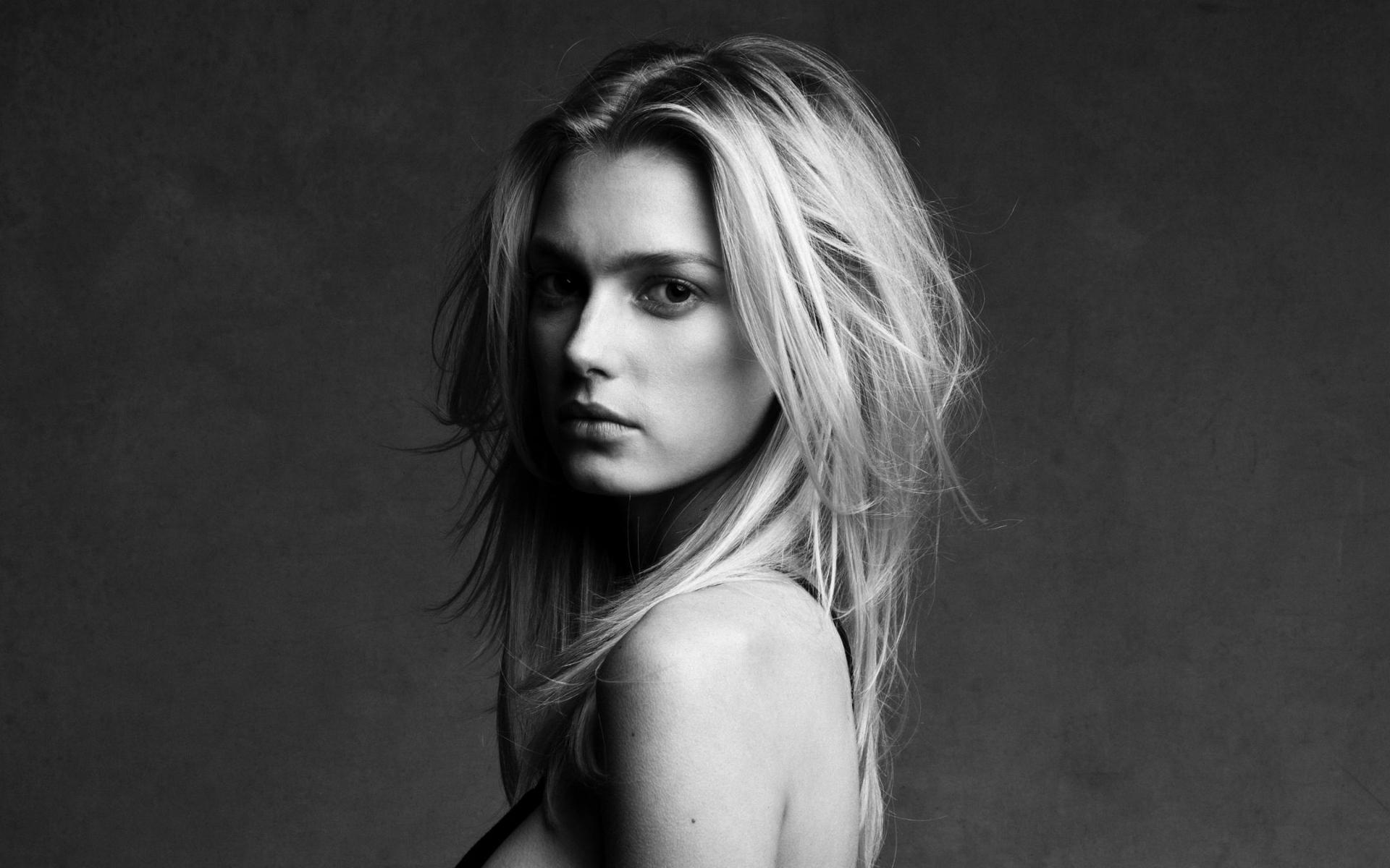 Sigrid Agren Nude Photos 4