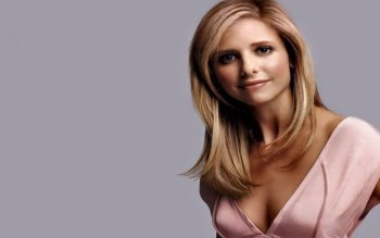 Celebrity - Sarah Michelle Gellar Wallpapers and Backgrounds ID : 495684