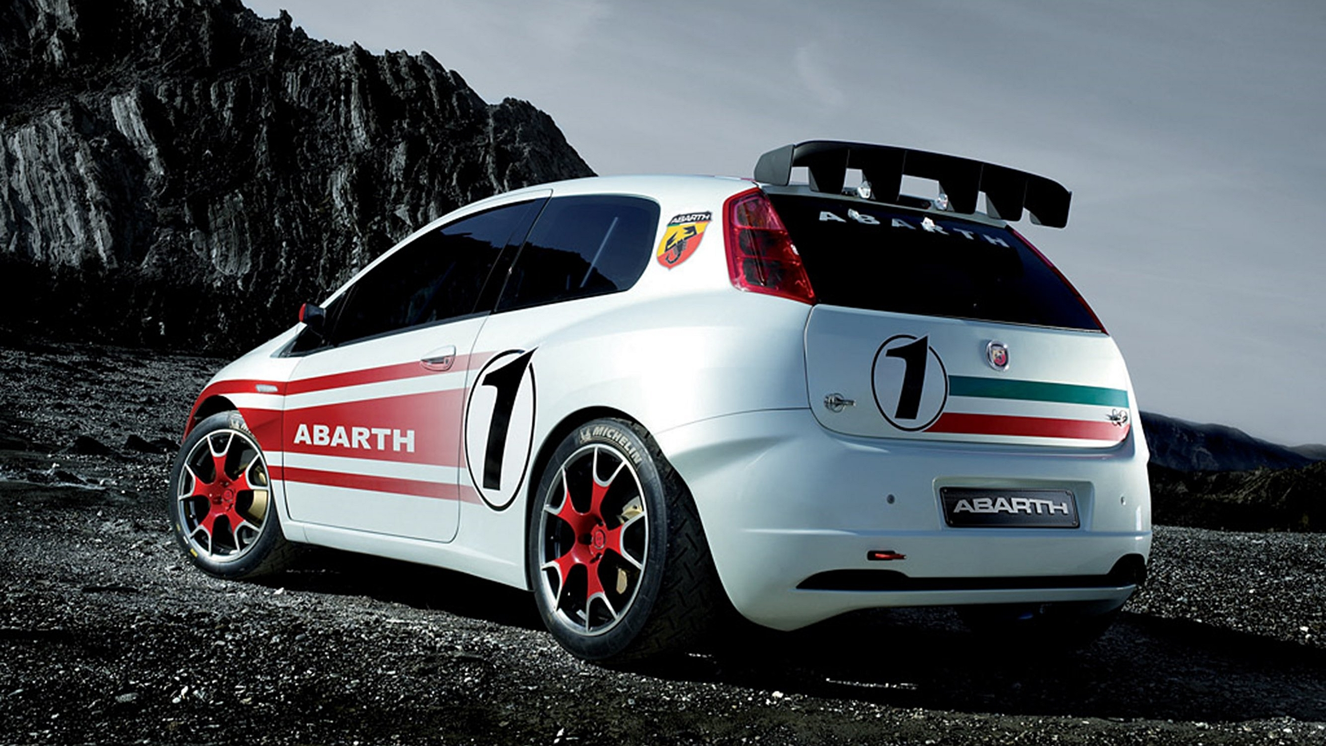 2 fiat grande punto abarth hd wallpapers backgrounds. Black Bedroom Furniture Sets. Home Design Ideas