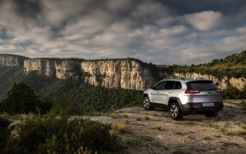 Vehicles - 2014 Jeep Cherokee Wallpapers and Backgrounds ID : 500175